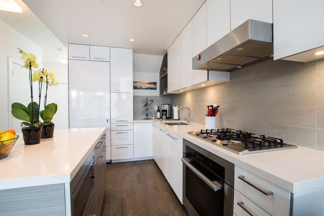 "Photo 13: Photos: 411 1628 W 4TH Avenue in Vancouver: False Creek Condo for sale in ""RADIUS"" (Vancouver West)  : MLS®# R2552543"