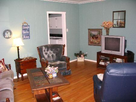 Photo 3: Photos: 707-12th St.: House for sale (Brocklehurst)  : MLS®# 83658