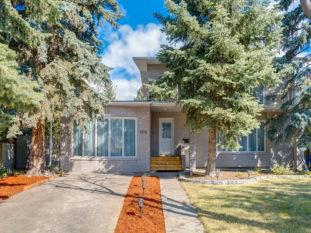Main Photo: 1414 SPRINGFIELD Place SW in Calgary: Southwood Detached for sale : MLS®# A1060916