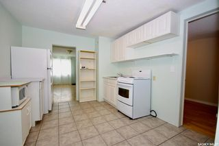 Photo 9: 220 L Avenue North in Saskatoon: Westmount Residential for sale : MLS®# SK857057