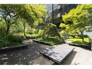 """Photo 9: 1409 1333 W GEORGIA Street in Vancouver: Coal Harbour Condo for sale in """"THE QUBE"""" (Vancouver West)  : MLS®# V888854"""