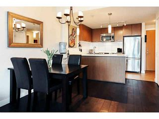 """Photo 7: 415 2321 SCOTIA Street in Vancouver: Mount Pleasant VE Condo for sale in """"SOCIAL"""" (Vancouver East)  : MLS®# V1121141"""