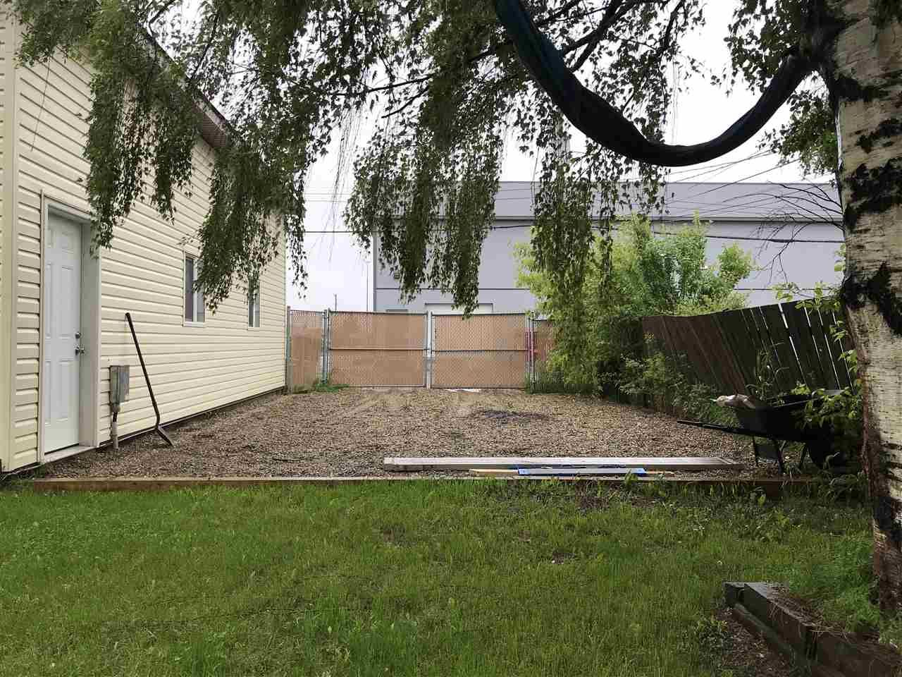 Photo 14: Photos: 9107 101 Avenue in Fort St. John: Fort St. John - City NE House for sale (Fort St. John (Zone 60))  : MLS®# R2465805