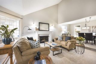 Photo 2: 10 PARKWOOD Place in Port Moody: Heritage Mountain House for sale : MLS®# R2514988