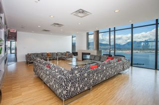 """Photo 23: 2001 108 W CORDOVA Street in Vancouver: Downtown VW Condo for sale in """"Woodwards W32"""" (Vancouver West)  : MLS®# R2465533"""