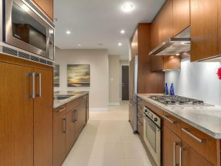 Photo 11: 1102 1333 W 11TH AVENUE in Vancouver: Fairview VW Condo for sale (Vancouver West)  : MLS®# R2170074