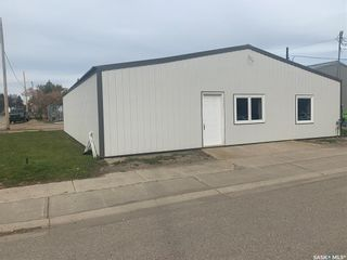 Photo 2: 501 Otterloo Street in Indian Head: Commercial for sale : MLS®# SK828388