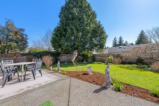 Photo 12: 2195 Bolt Ave in : CV Comox (Town of) House for sale (Comox Valley)  : MLS®# 871807