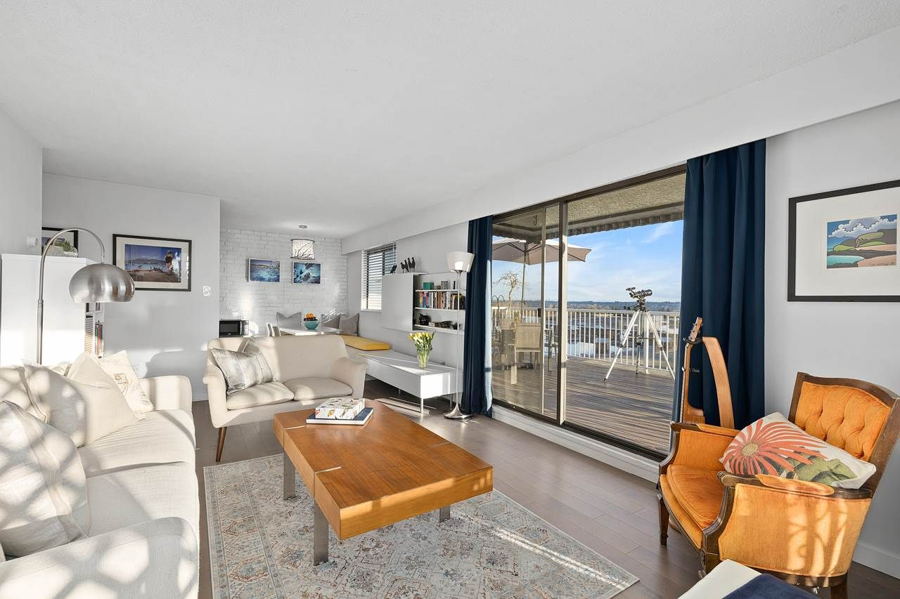 """Main Photo: 418 371 ELLESMERE Avenue in Burnaby: Capitol Hill BN Condo for sale in """"Westcliff Arms"""" (Burnaby North)  : MLS®# R2549918"""