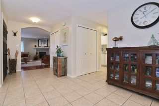 """Photo 6: 5748 168TH Street in Surrey: Cloverdale BC House for sale in """"RICHARDSON RIDGE"""" (Cloverdale)  : MLS®# R2024526"""