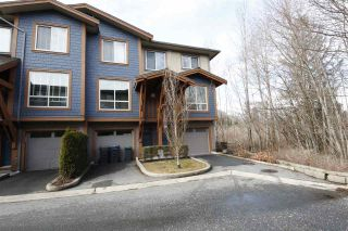 """Photo 1: 43 40653 TANTALUS Road in Squamish: Tantalus Townhouse for sale in """"TANTALUS CROSSING"""" : MLS®# R2348794"""