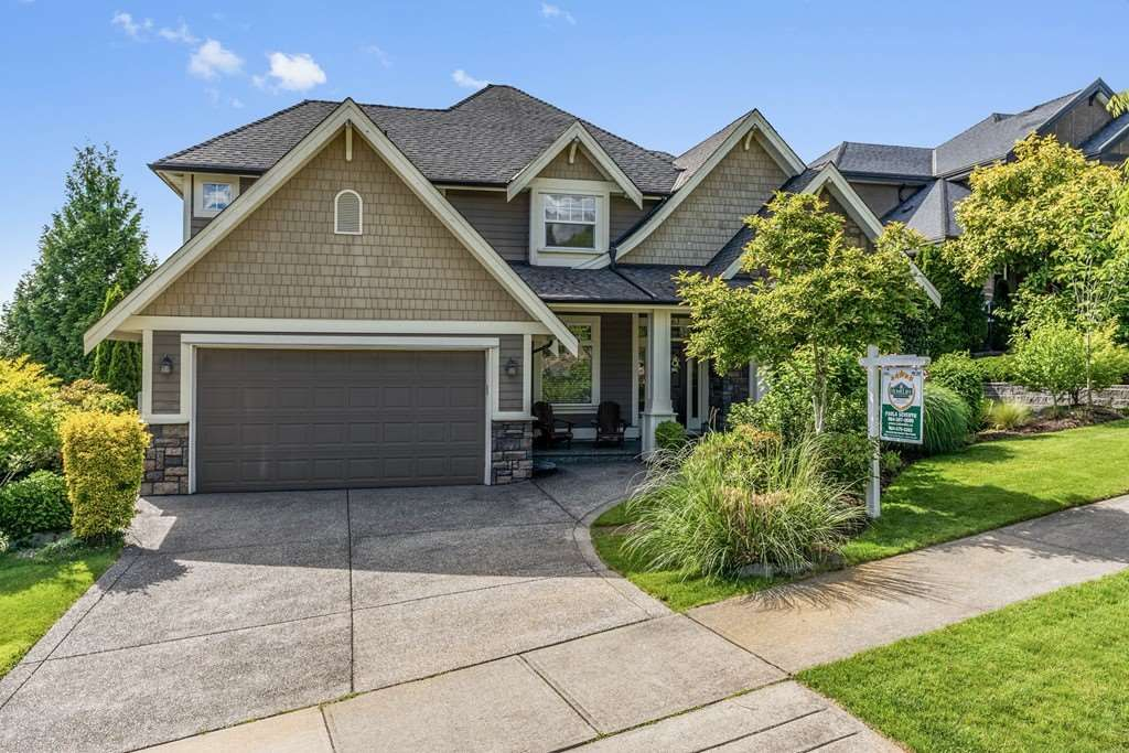 "Main Photo: 5863 163B Street in Surrey: Cloverdale BC House for sale in ""Highlands"" (Cloverdale)  : MLS®# R2457373"