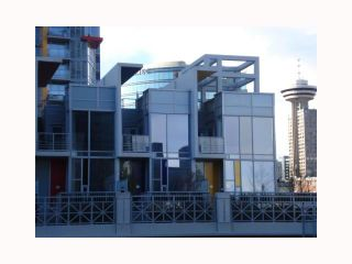 """Photo 10: 103 REGIMENT Square in Vancouver: Downtown VW Townhouse  in """"SPECTRUM 3"""" (Vancouver West)  : MLS®# V817637"""