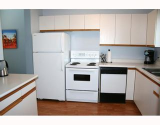 Photo 2: 27 APPLE Lane in WINNIPEG: Westwood / Crestview Condominium for sale (West Winnipeg)  : MLS®# 2906631