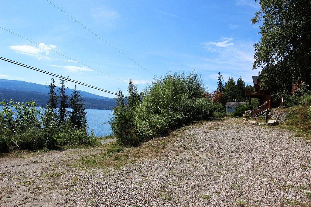 Photo 6: Photos: 8079 Squilax Anglemont Highway: St. Ives House for sale (North Shuswap)  : MLS®# 10179329