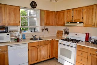 Photo 8: 4454 W 13TH Avenue in Vancouver: Point Grey House for sale (Vancouver West)  : MLS®# R2320360
