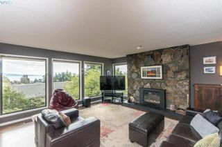 Photo 3: 4304 Houlihan Pl in VICTORIA: SE Gordon Head House for sale (Saanich East)  : MLS®# 812176