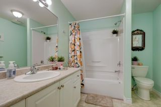 Photo 16: 26 300 Six Mile Rd in : VR Six Mile Row/Townhouse for sale (View Royal)  : MLS®# 879692