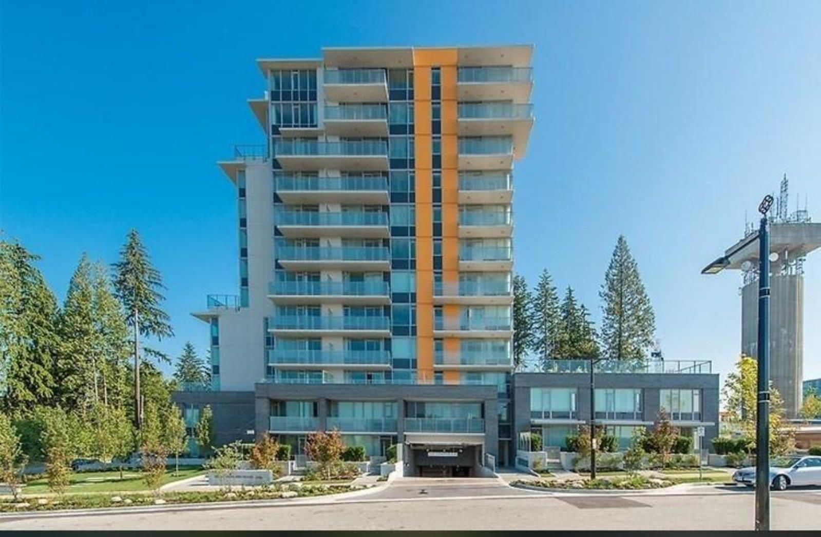 """Main Photo: 303 9025 HIGHLAND Court in Burnaby: Simon Fraser Univer. Condo for sale in """"Highland House"""" (Burnaby North)  : MLS®# R2609041"""