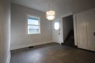 Photo 5: 1576 E 26TH Avenue in Vancouver: Knight House for sale (Vancouver East)  : MLS®# R2015398