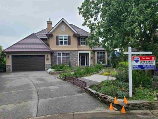 Photo 3: 35927 STONECROFT Place in Abbotsford: Abbotsford East House for sale : MLS®# R2583075