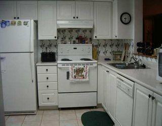 "Photo 4: 213 220 NEWPORT DR in Port Moody: North Shore Pt Moody Condo for sale in ""NEWPORT VILLAGE"" : MLS®# V581375"