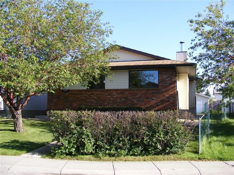 FEATURED LISTING: 132 WHITAKER Close Northeast Calgary
