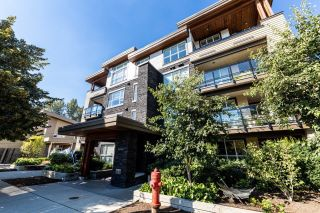 Photo 1: 106 3205 MOUNTAIN Highway in North Vancouver: Lynn Valley Condo for sale : MLS®# R2625376