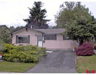 Photo 1: 32743 BADGER Avenue in Mission: Mission BC House for sale : MLS®# F2719543