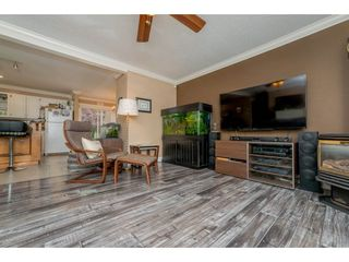 Photo 5: 17924 SHANNON Place in Surrey: Cloverdale BC House for sale (Cloverdale)  : MLS®# R2176477