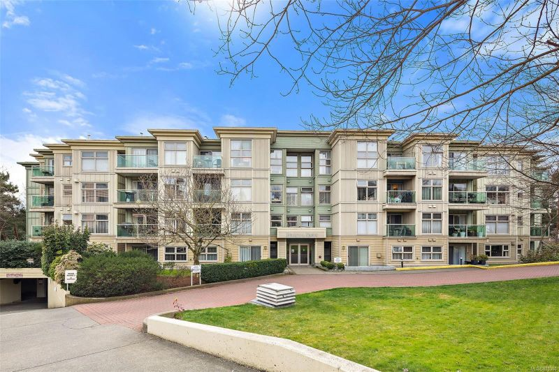 FEATURED LISTING: 410 - 535 Manchester Rd