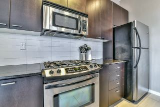 Photo 10: 301 39 SIXTH STREET in New Westminster: Downtown NW Condo for sale : MLS®# R2044508