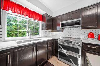 """Photo 2: 302 2963 BURLINGTON Drive in Coquitlam: North Coquitlam Condo for sale in """"Burlington Estates"""" : MLS®# R2601586"""