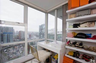 "Photo 14: 2807 193 AQUARIUS Mews in Vancouver: Yaletown Condo for sale in ""MARINASIDE RESORT"" (Vancouver West)  : MLS®# R2411655"