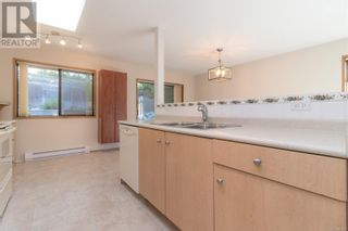 Photo 15: 13 1144 Verdier Ave in Central Saanich: House for sale : MLS®# 887829