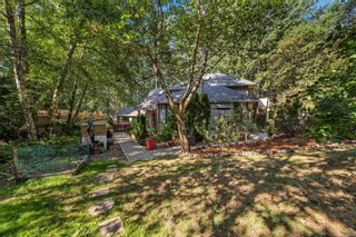 Photo 37: 2258 Trudie Terr in Langford: La Thetis Heights House for sale : MLS®# 884383