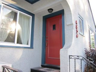 Photo 2: 4856 DUNBAR Street in Vancouver: Dunbar House for sale (Vancouver West)  : MLS®# R2212933