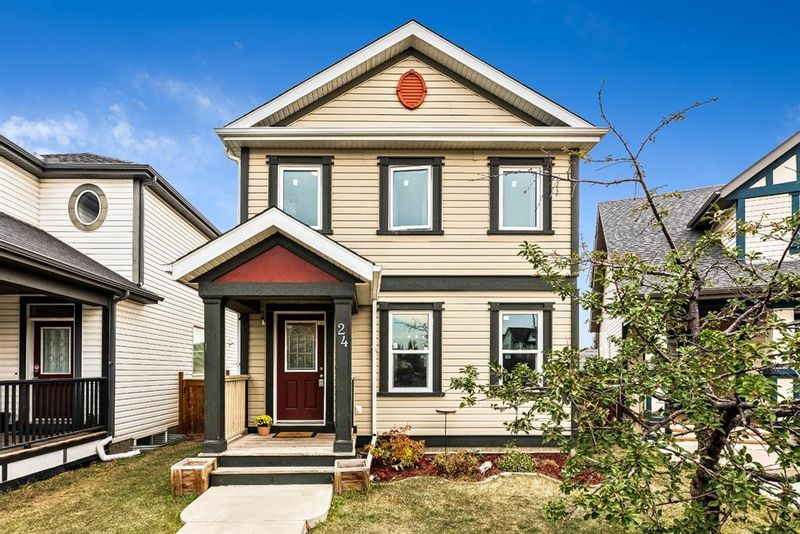 FEATURED LISTING: 24 Copperstone Court Southeast Calgary