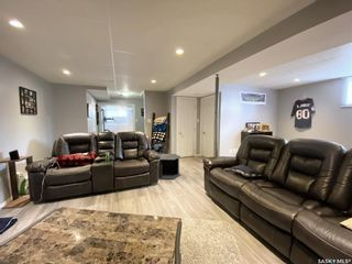 Photo 36: 47 Carter Crescent in Outlook: Residential for sale : MLS®# SK854357