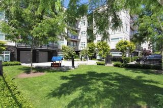 """Photo 2: 112 12070 227 Street in Maple Ridge: East Central Condo for sale in """"STATION ONE"""" : MLS®# R2387048"""