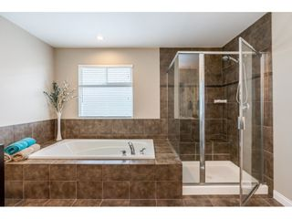 """Photo 17: 19788 69 Avenue in Langley: Willoughby Heights House for sale in """"Providence"""" : MLS®# R2479891"""