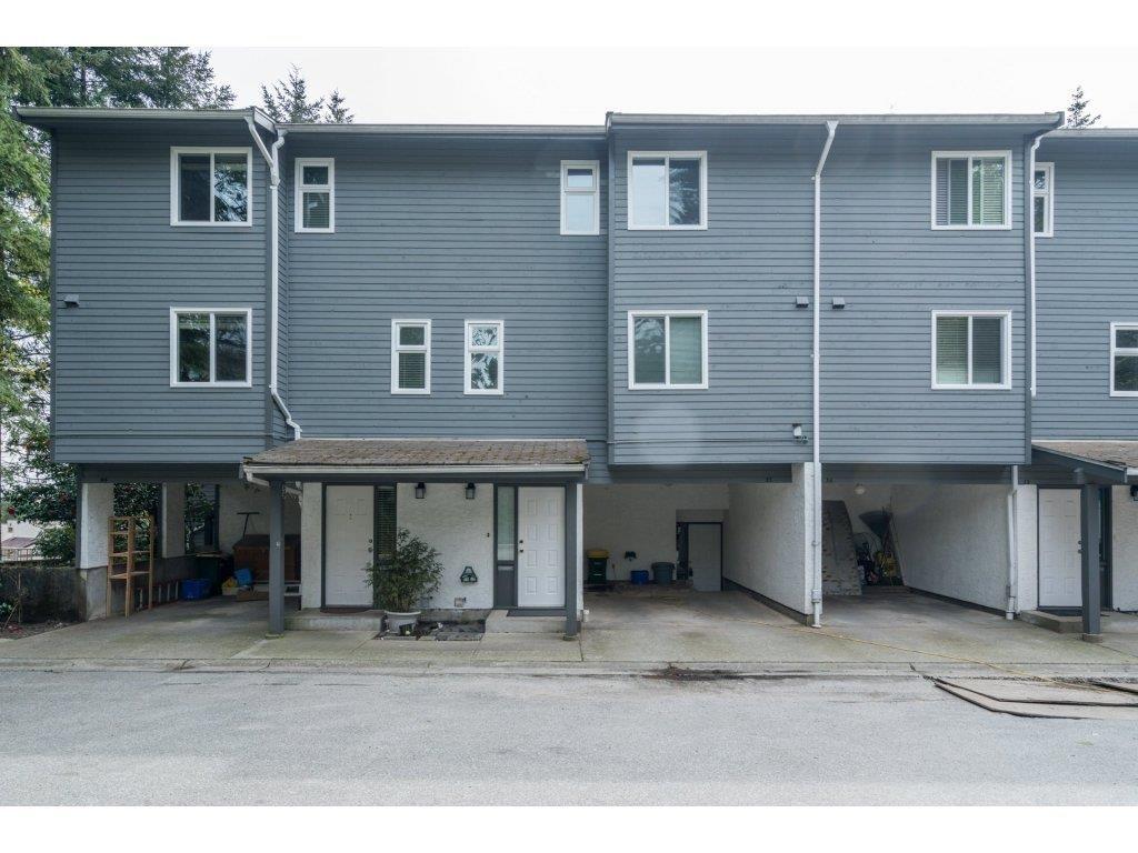 """Main Photo: 37 1240 FALCON Drive in Coquitlam: Upper Eagle Ridge Townhouse for sale in """"FALCON RIDGE"""" : MLS®# R2258936"""