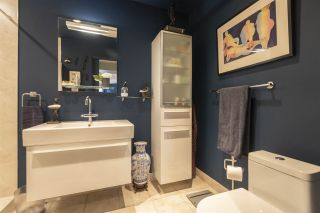 """Photo 19: 404 1600 HORNBY Street in Vancouver: Yaletown Condo for sale in """"YACHT HARBOUR POINTE"""" (Vancouver West)  : MLS®# R2562490"""