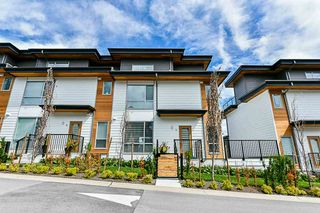 """Photo 2: 15 2825 159 Street in Surrey: Grandview Surrey Townhouse for sale in """"GREENWAY"""" (South Surrey White Rock)  : MLS®# R2286470"""