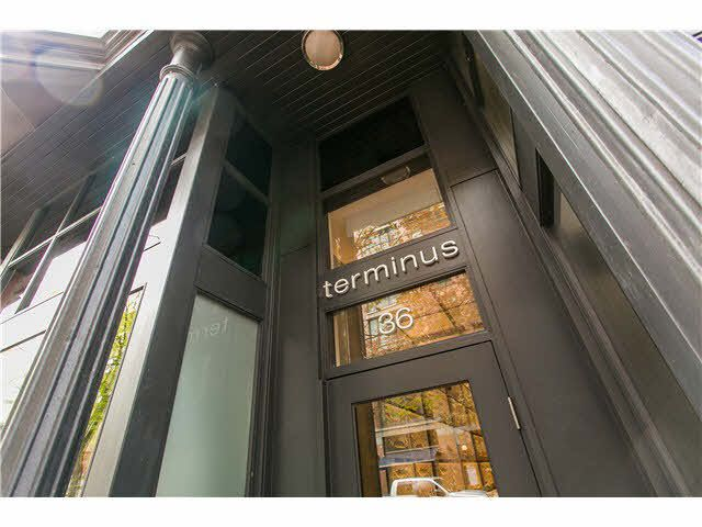 Main Photo: 605 36 WATER STREET in : Downtown VW Condo for sale (Vancouver West)  : MLS®# V1120543