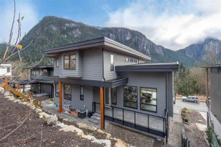 """Photo 34: 2237 WINDSAIL Place in Squamish: Plateau House for sale in """"Crumpit Woods"""" : MLS®# R2586492"""