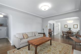 Photo 5: 4703 COLLINGWOOD Street in Vancouver: Dunbar House for sale (Vancouver West)  : MLS®# R2401030