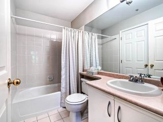 """Photo 16: 306 295 SCHOOLHOUSE Street in Coquitlam: Maillardville Condo for sale in """"Chateau Royale"""" : MLS®# R2466921"""