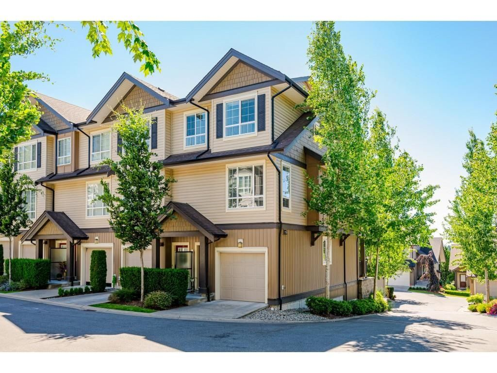 """Main Photo: 41 4967 220 Street in Langley: Murrayville Townhouse for sale in """"Winchester Estates"""" : MLS®# R2596743"""