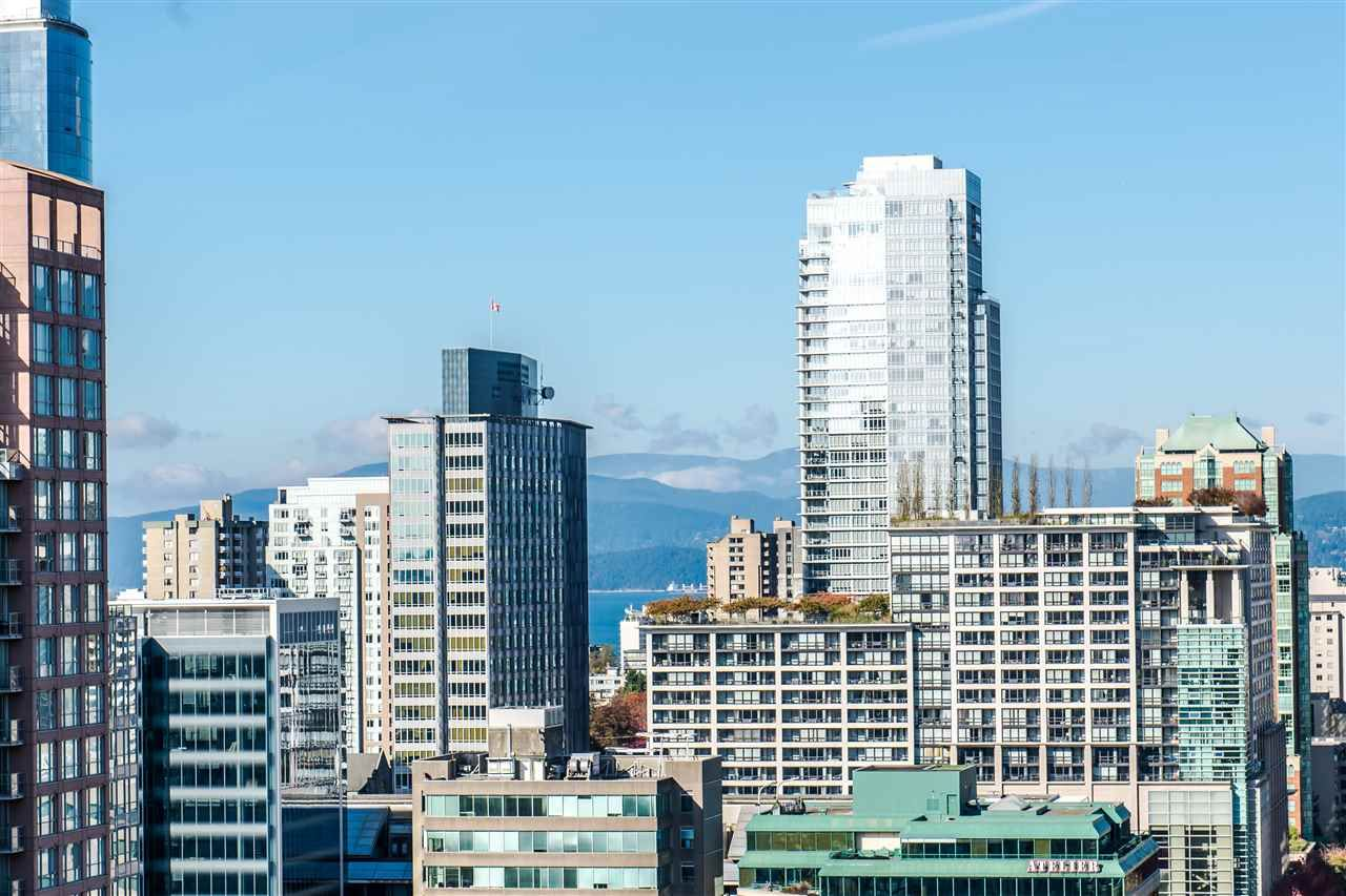 """Photo 2: Photos: 2901 888 HOMER Street in Vancouver: Downtown VW Condo for sale in """"Biasley"""" (Vancouver West)  : MLS®# R2010144"""